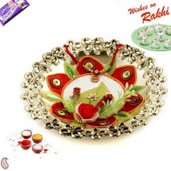 Golden Polish Cutwork Design Rakhi Thali with Rakhi